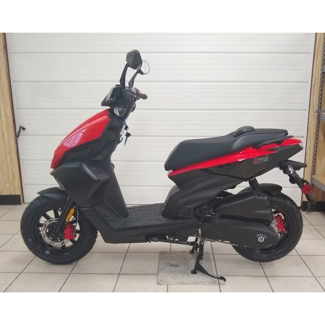 RATTLER 200i - RED